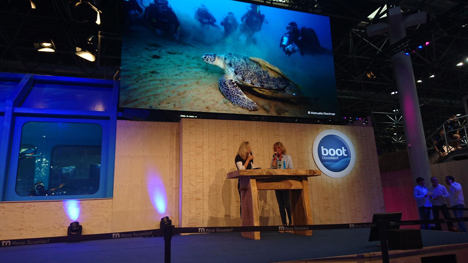 Vortrag von Angela Ziltener an der Boot in Düsseldorf